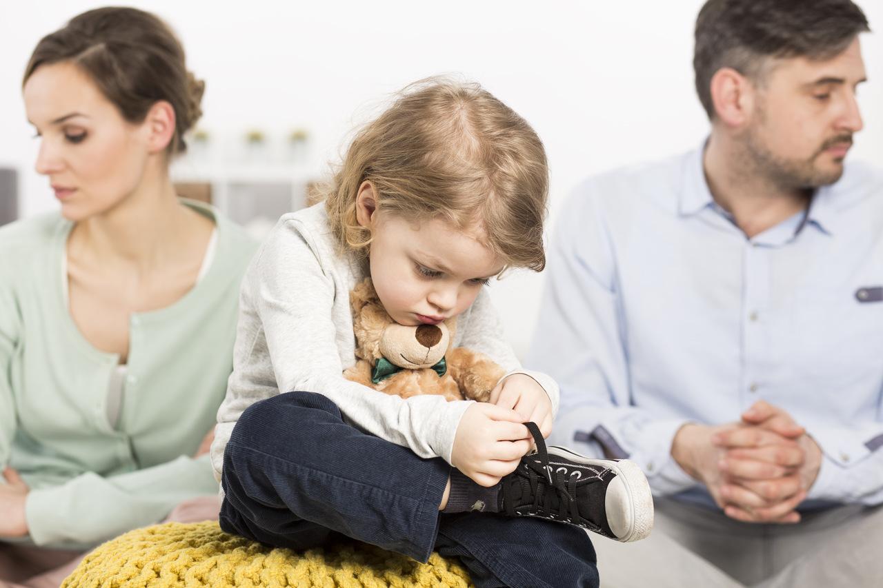 Rozwód – jak sobie z nim poradzić z perspektywy rodzica i dziecka?